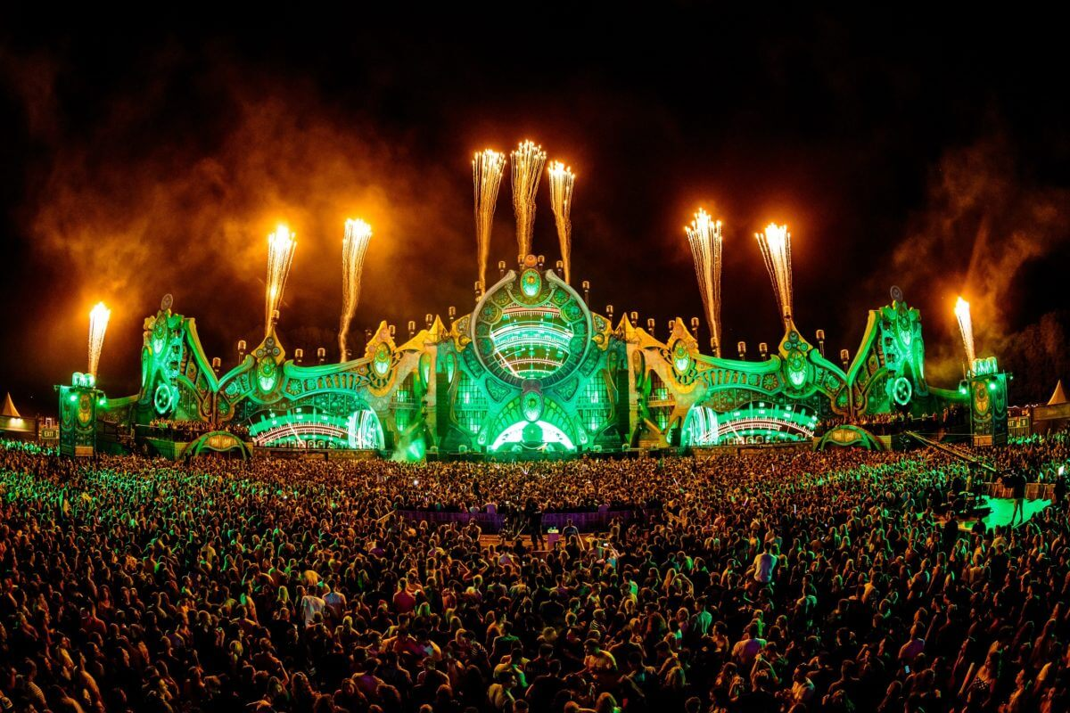 CLF Lighting features 7th Sunday Festival 2018 mainstage